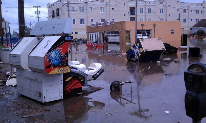 Arcade machines and Sandy storm