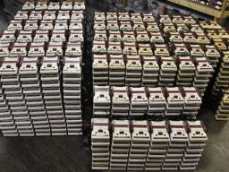 Would You Like To Buy One Thousand Famicoms?